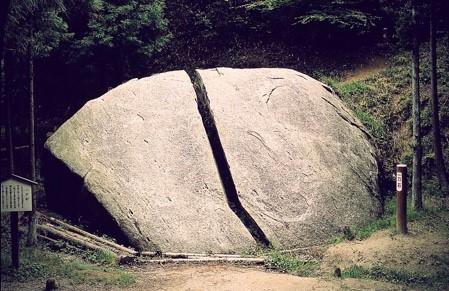 鬼滅の刃の聖地巡礼・奈良・柳生の一刀石