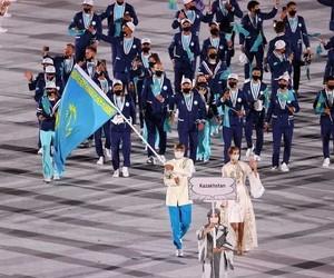 カザフスタンの旗手
