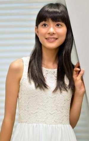 芳根京子の3サイズ