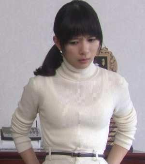 芳根京子のバストサイズ