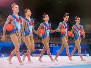 新体操女子団体ウズベキスタンレオタード画像