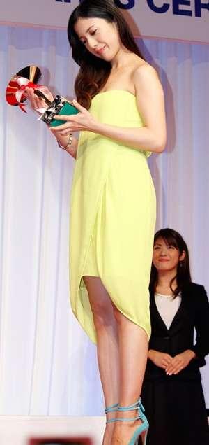 吉高由里子の美脚